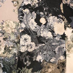 ILLA ILLA Other - Floral print romper
